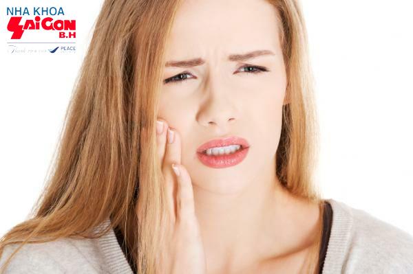 Cách điều trị viêm chân răng tại nhà hiệu quả bằng các thực phẩm có sẵn trong bếp